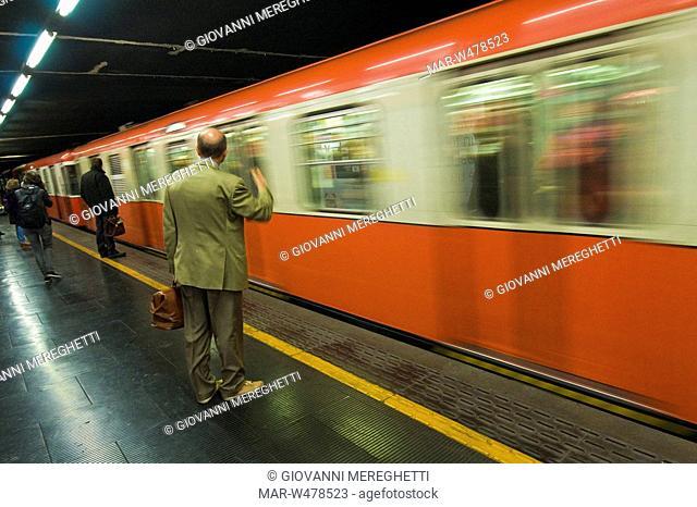 metropolitana, milano, lombardia, italia