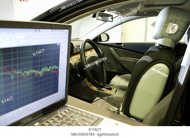 Measuring-laboratory, private car, test-vehicle, Dummy, simulation, 'drivers', laptop, measurements, no property release, vehicle-industry, automobile-industry