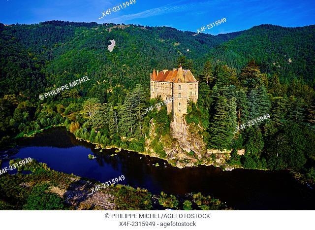 France, Haute Loire, Lavoute Polignac castle on the Loire river