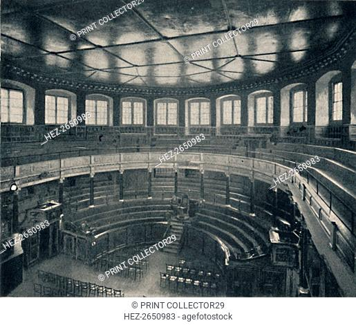 'The Sheldonian Theatre, Oxford', 1903. Artist: Unknown