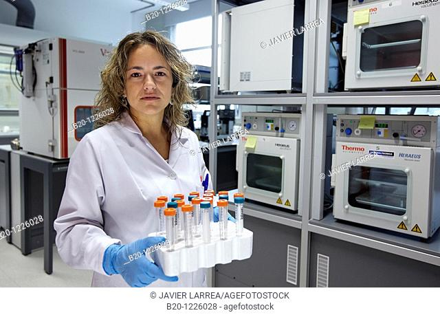 Thermal conditioning of samples, Polymer Laboratory, Materials Physics Center is a joint center of the Spanish Scientific Research Council CSIC and the...