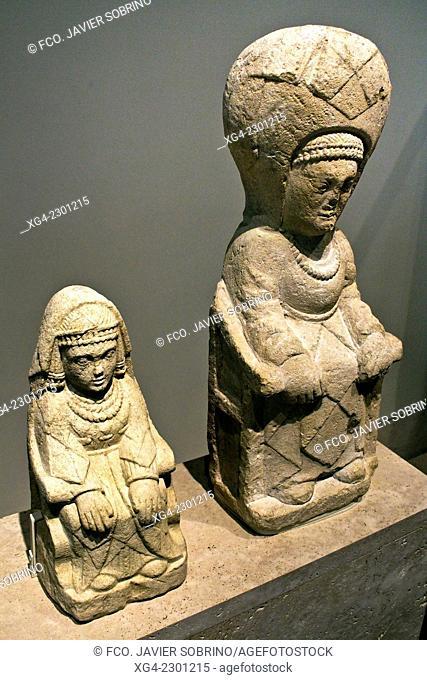 Escultura ibérica – Damas Sedentes – Santuario del Cerro de los Santos – Museo Arqueológico Nacional – Madrid – España - Europa