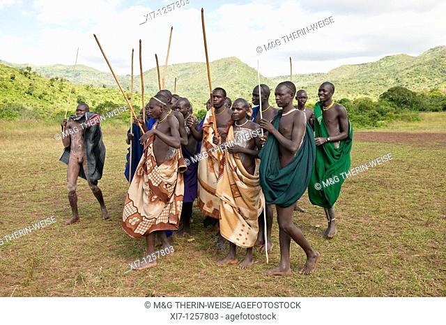 Donga stick fight ceremony, Surma tribe, Tulgit, Omo river valley, Ethiopia