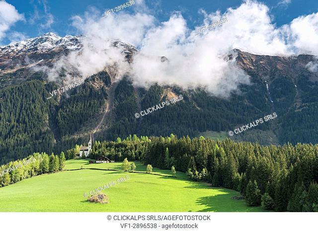 Mareta / Mareit, Racines / Ratschings, Bolzano province, South Tyrol, Italy. The church Sankt Magdalena