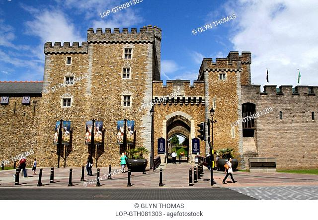 Wales, South Glamorgan, Cardiff. The South Gate and Black Tower with the Barbican Tower comprise the present day entrance to Cardiff Castle