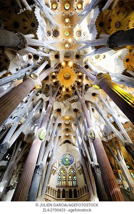 Spain, Catalonia, Barcelona, Eixample, the Sagrada Familia Basilica whose construction started in 1882, designed by Catalan modernist architect Antoni Gaudi
