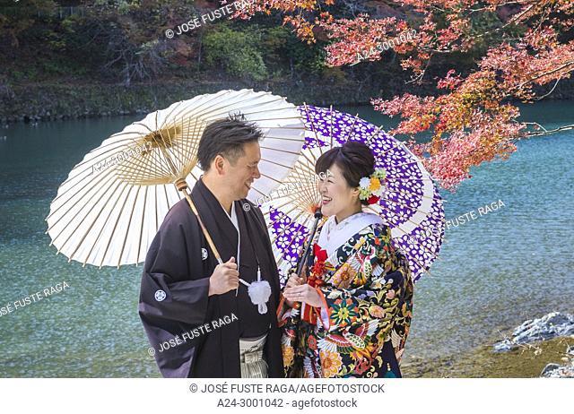 Japan , Kyoto City, Arashi Yama , Wedding, Autumn Leaves