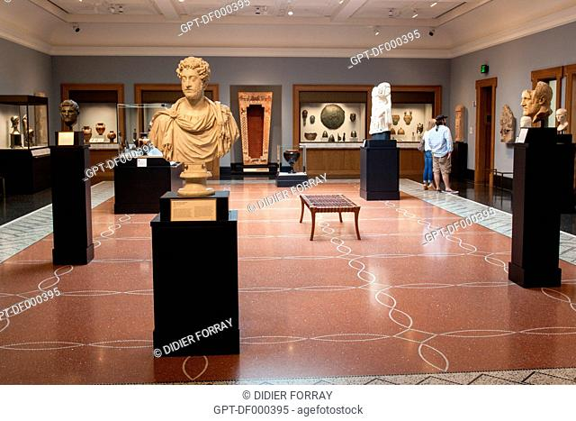 GRECO-ROMAN SCULPTURES AND POTTERY IN AN EXHIBITION ROOM AT THE GETTY VILLA, SANTA MONICA, LOS ANGELES, CALIFORNIA, UNITED STATES, USA
