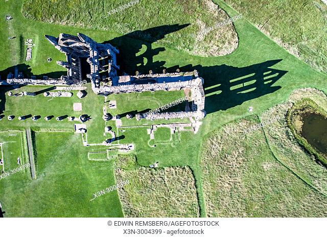 Direct overview of the ruins of Whitby Abbey, Whitby, Yorkshire, UK