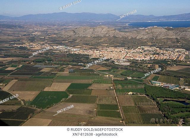 Torroella de Montgrí (right) and Ullà (in background, left). Baix Empordà. Girona province, Catalonia, Spain