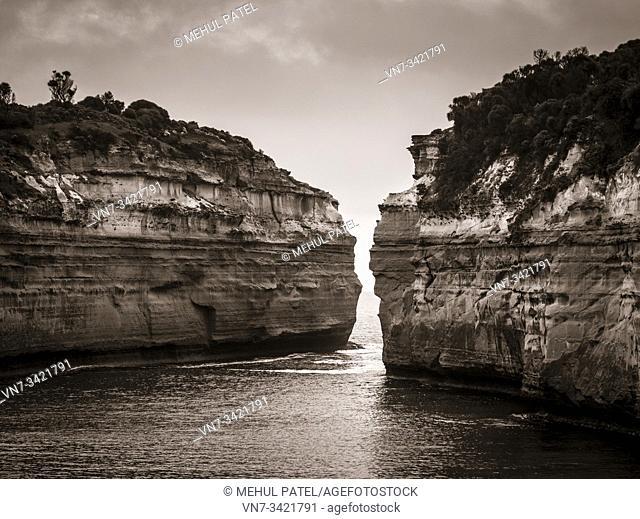 Toned image of limestone cliffs at Loch Ard George, Great Ocean Road, Victoria, Australia