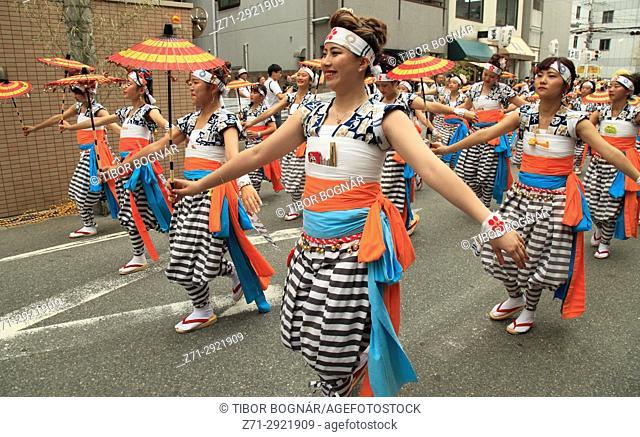 Japan, Osaka, Tenjin Matsuri, festival, procession, people,