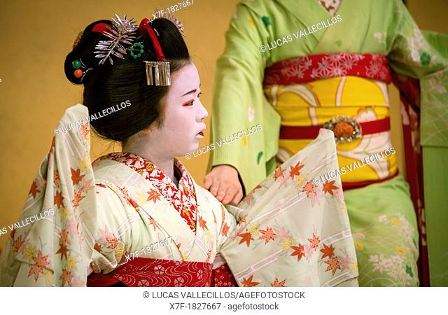 Show of Maikos,geisha apprenticesthey interpret Kyomai, is a Kyoto dance,at Gion Kobu Kaburenjo, geisha's distric of Gion, ,Kyoto  Kansai, Japan