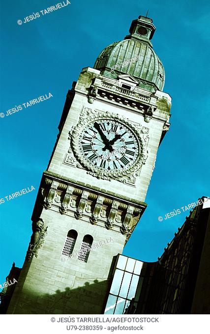 Clock tower, Gare de Lyon, Paris, France