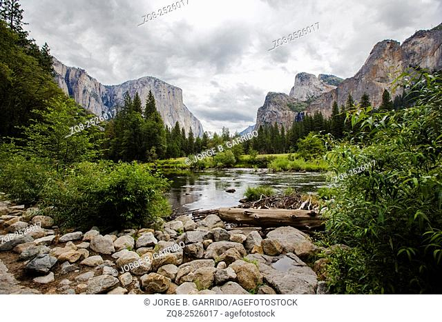 Valley View in Yosemite National Park during Spring