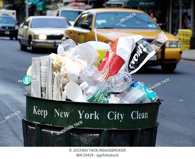 USA, United States of America, New York City: Full garbage can