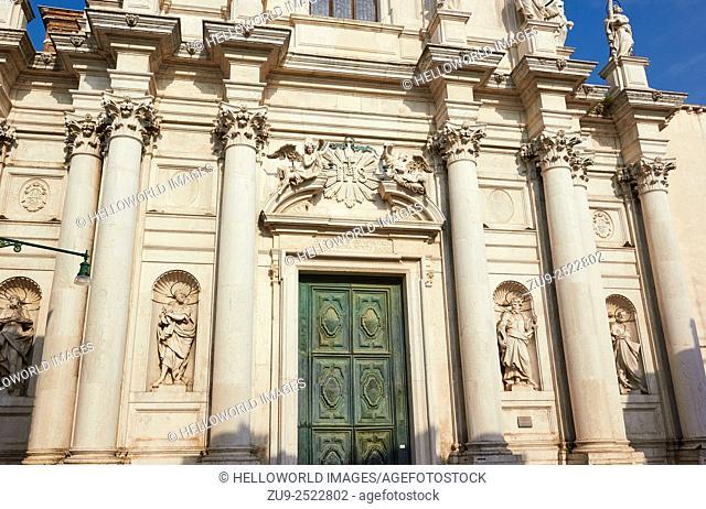 Facade of Baroque Chiesa di Santa Maria Assunta, known as I Gesuiti, Campo dei Gesuiti, Cannaregio, Venice, Veneto, Italy, Europe