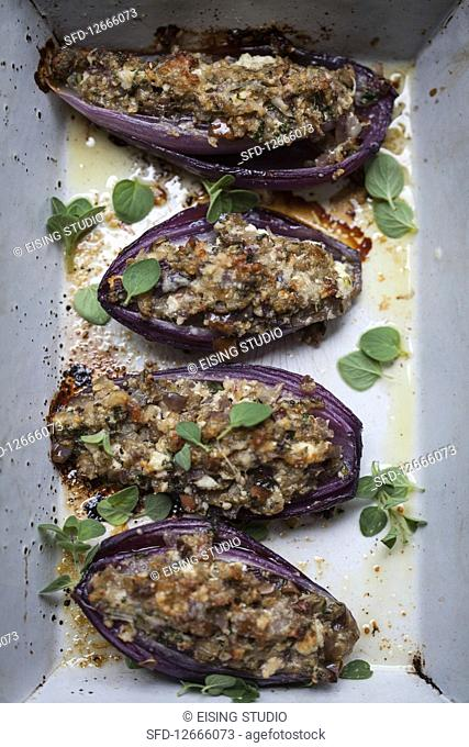 Stuffed red onions (Italy)