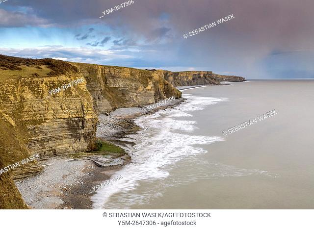 Cliffs on the Glamorgan Heritage Coast south of Dunraven Park, Southerndown, Vale of Glamorgan, Wales, United Kingdom, Europe