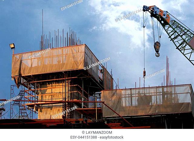 Industrial mobile crane lifting generator, crane construction