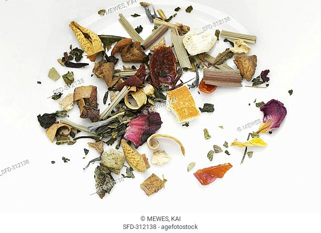 Fruit tea mixture