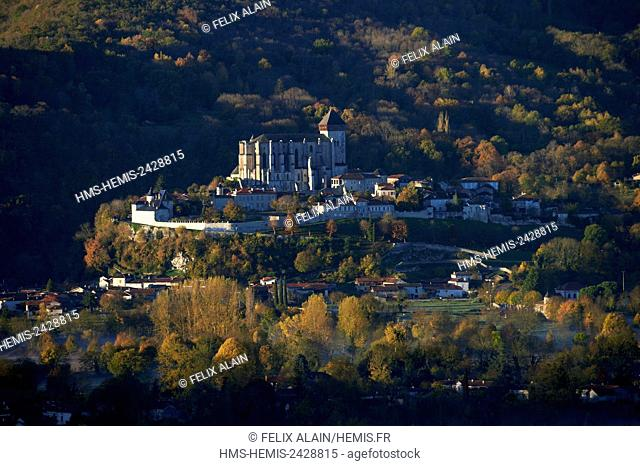 France, Haute Garonne, Comminges, general view of Saint Bertrand de Comminges and the Cathedral of St Mary dated 12th 15th 16th century