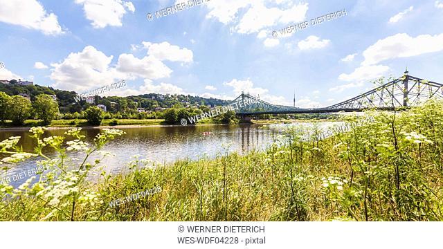 Germany, Dresden, Loschwitz bridge and Weisser Hirsch