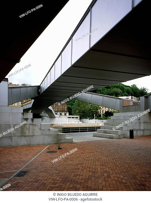 PASARELA FOOTBRIDGE PADRE ARRUPE, BILBAO, SPAIN, Architect JOSE ANTONIO FERNANDEZ ORDONEZ, 2003