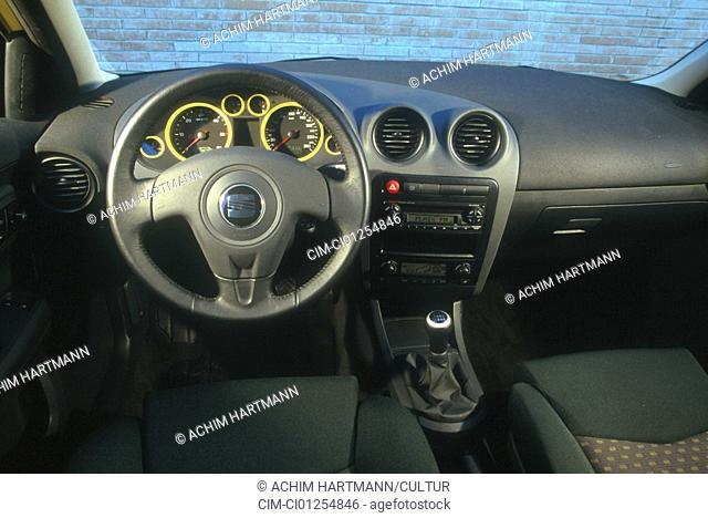 Car, Seat Ibiza 1.9 TDi, small approx., yellow, Limousine, model year 2001-, interior view, Interior view, Cockpit, technique/accessory, accessories