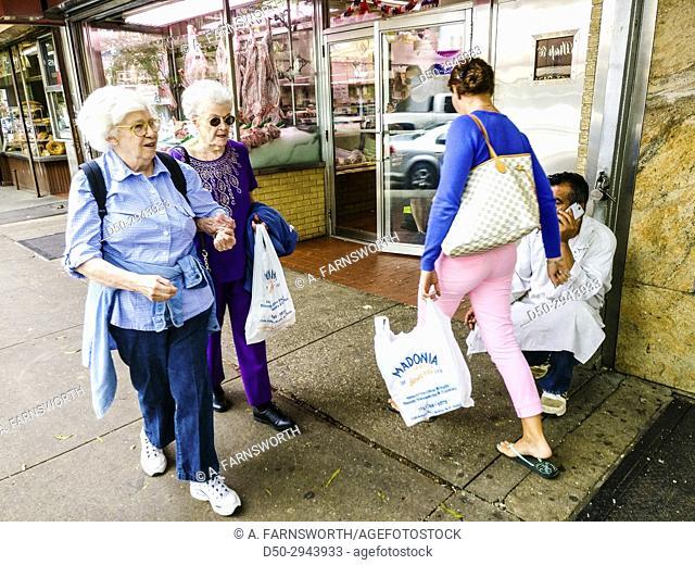 New York, New York, Bronx, Little Italy, Shoppers USA