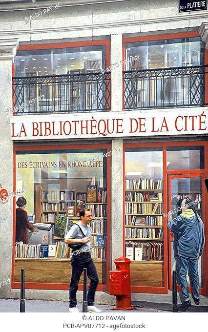 Presque Ile, fresco of a library