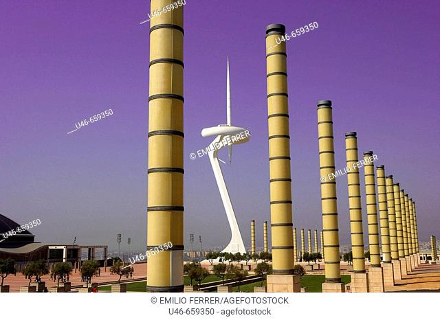 Communications tower, by Santiago Calatrava. Plaza Europa, Montjuich. Barcelona. Spain