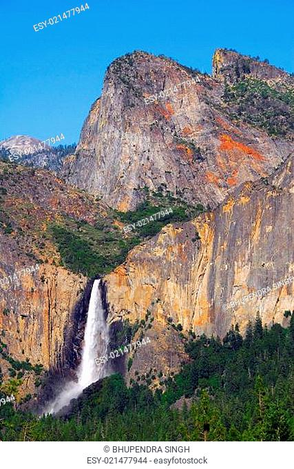 Bridalveil fall Tunnel view Yosemite National Park