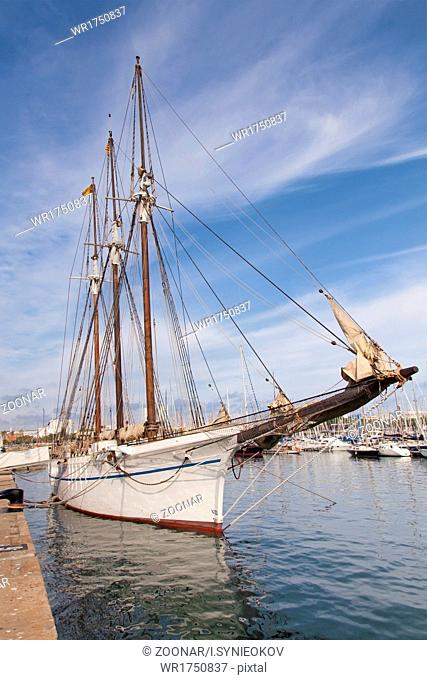 Vintage sea clipper in the port