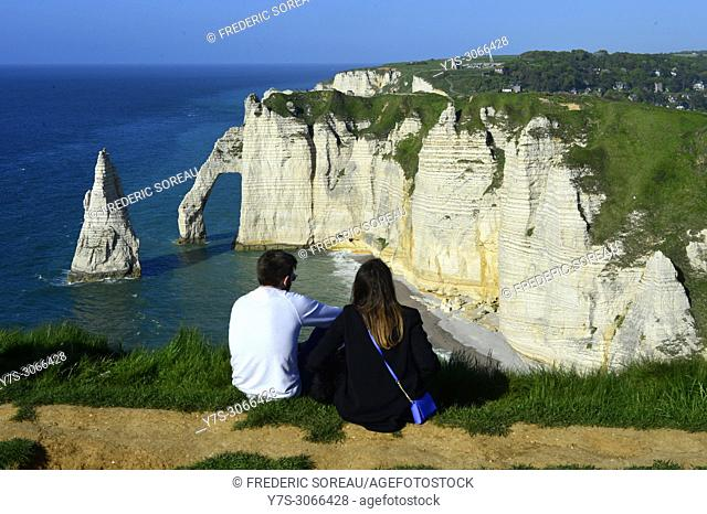 The cliffs of Etretat on the Normandy coast, France, Europe