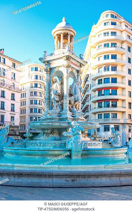 France, Lyon, the Etoile fountain in De Jacobins square