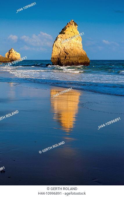 Praia dos Tres Irmaos, Portugal, Algarve