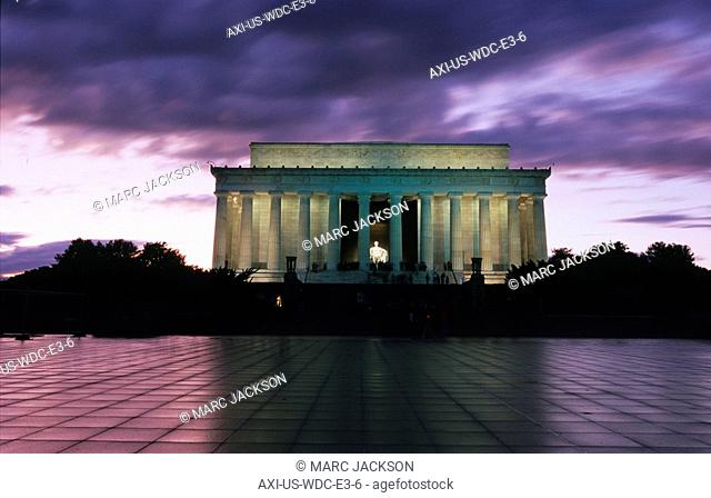 The Lincoln Memorial at west end of National Mall at dusk