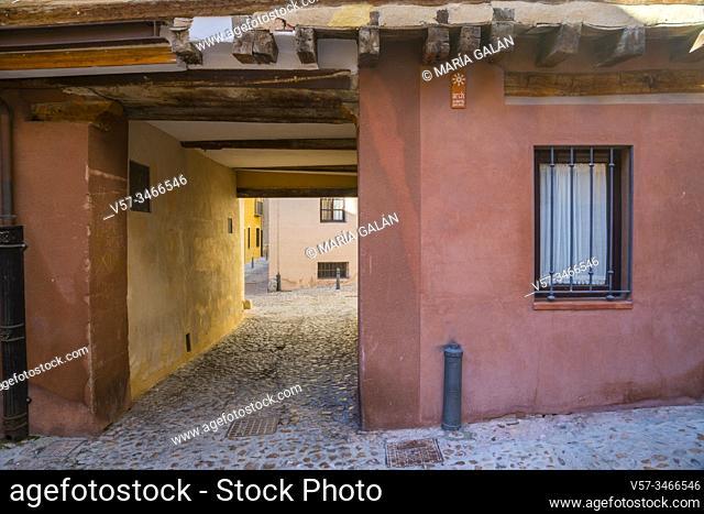 Passage. Jewish quarter, Segovia, Spain
