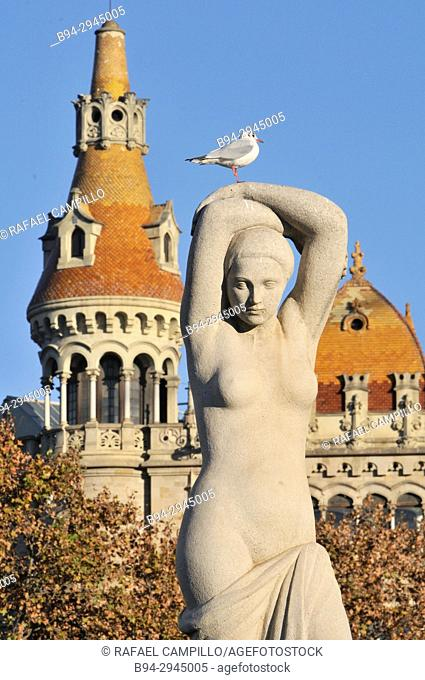 Public Art in Plaça Catalunya of Barcelona for the 1929 Barcelona Universal Exposition. Juventud, Youth, sculpture by Josep Clara and in the background Rocamora...