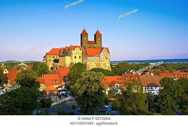 Schlossberg from Muenzberg with collegiate church Quedlinburg, Saxony-Anhalt, Germany