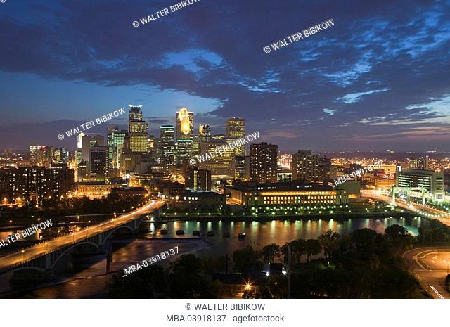usa, Minnesota, Minneapolis, skyline, evening-mood