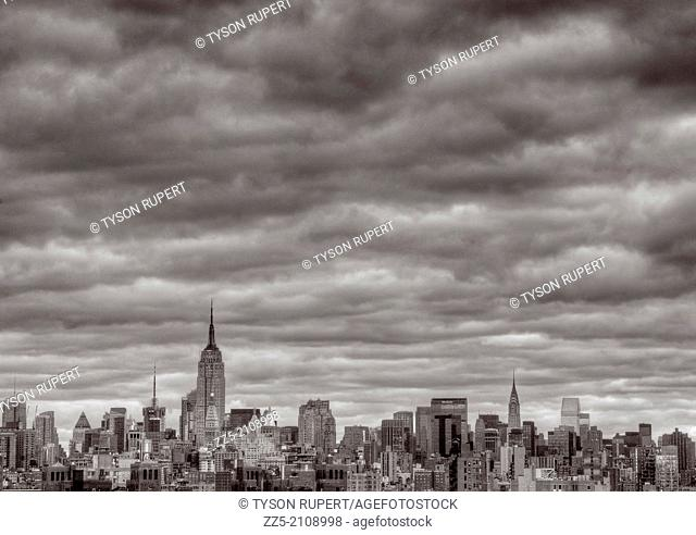midtown skyline with clouds
