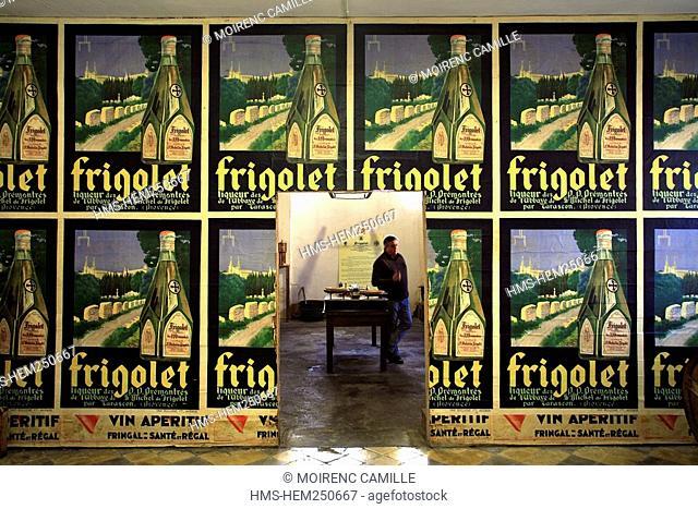 France, Bouches du Rhone, Chateaurenard, Frigolet Distillery, compulsory mention