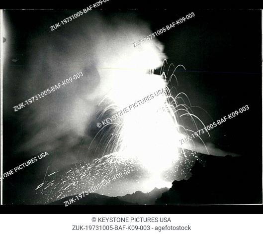Oct. 05, 1973 - Vulkan Alaid's Eruption in the Kuril Islands (Credit Image: © Keystone Press Agency/Keystone USA via ZUMAPRESS.com)
