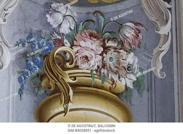 Flower pot, detail of the central hall with frescoes by Domenico and Giuseppe Valeriani, Hunting residence (UNESCO World Heritage Site, 1997)