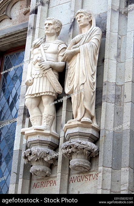 Turm-Nordseite, Marcus Vipsanius Agrippa, Augustus, gestiftet Matthias Moritz, Kölner Brauerei-Verband, aus Savonnières-Kalkstein