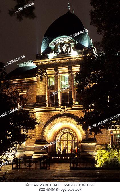 National Natural History Institute in the Botanical Gardens (Jardin des Plantes). Paris. France