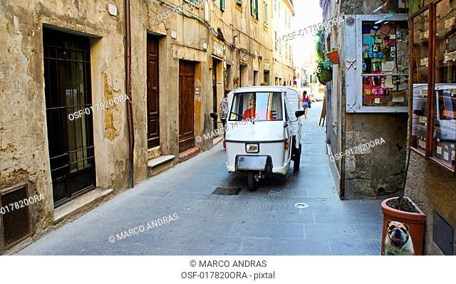 Italy pitigliano