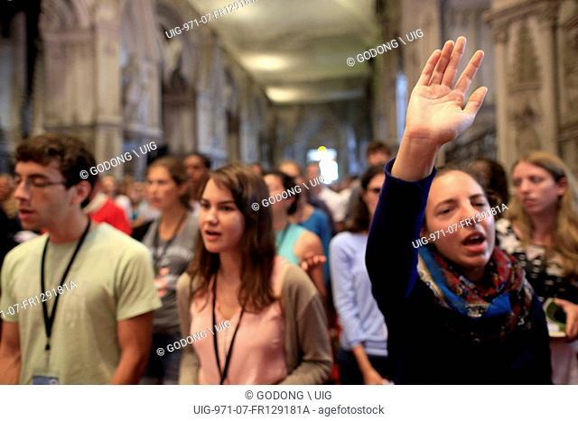 Hautecombe abbey. Young Adults mission 18-30 of chemin neuf. Catholic mass